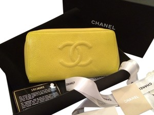 Chanel Chanel Caviar CC Large Gusset Zip Around