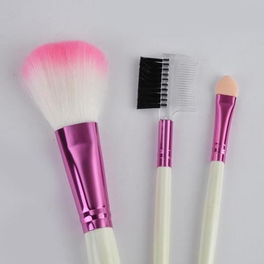 Other BNWOT ~ 8 PC Personal / Travel Cosmetic Brushes with Pouch Image 4