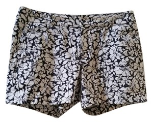 Banana Republic Floral Summer Cotton Preppy Dress Shorts Navy and white