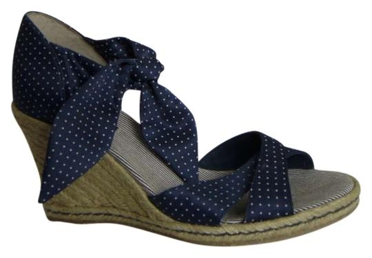 Preload https://img-static.tradesy.com/item/163607/tommy-hilfiger-blue-wwhite-polka-dots-with-ankle-tie-wedges-size-us-85-0-0-540-540.jpg