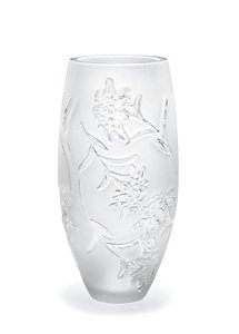 New In Box Lalique Edelweiss Vase