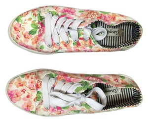 Aéropostale Pink, White and Green Floral Platforms