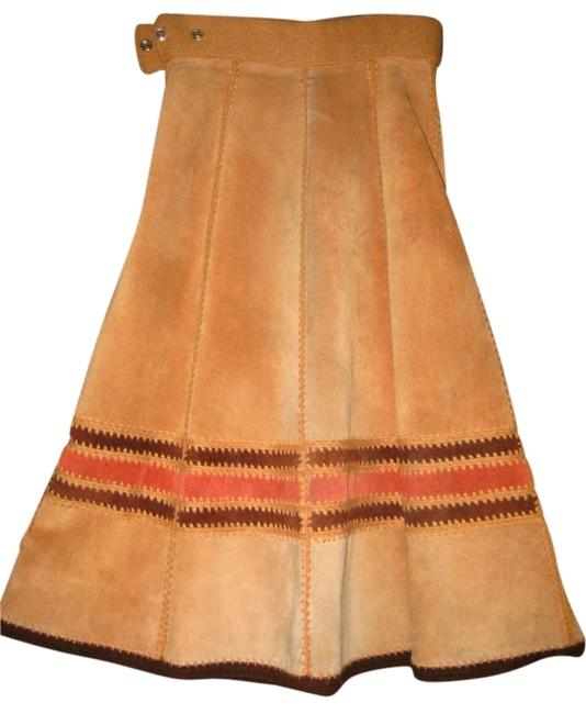 Vintage Cowhide Leather Panels Accented By Croched Stiching. Zipper And 2 Closure At Waist Are In Good Condition. Skirt BROWN