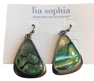 Lia Sophia lia s ophia Oyster Bar hematite abalone earrings