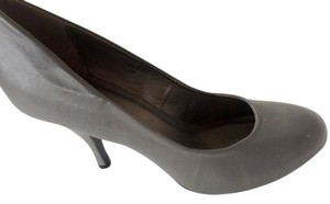 Gomax Dark Taupe) Pumps