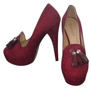ShoeDazzle Dark Red Platforms