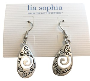 Lia Sophia lia sophia day dreamer earrings