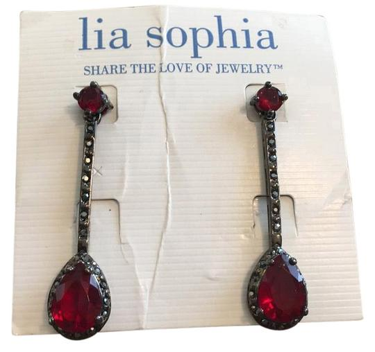 Preload https://img-static.tradesy.com/item/16368943/lia-sophia-earrings-0-1-540-540.jpg