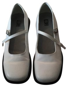 BP. Clothing Flats