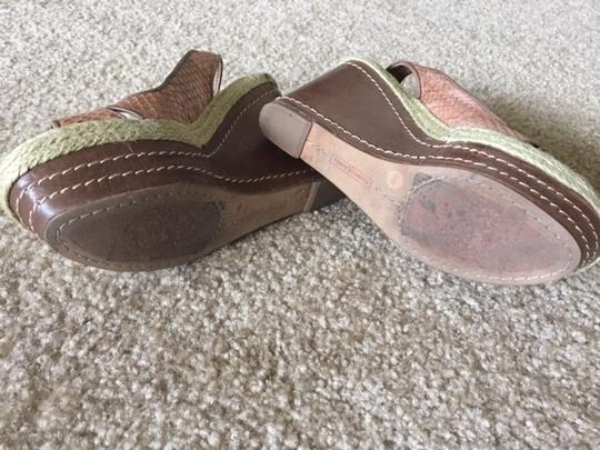 Vince Camuto Vintage Classic Brown Wedges