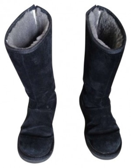 Preload https://img-static.tradesy.com/item/163734/ugg-australia-black-zipper-suede-sheepskin-bootsbooties-size-us-6-0-0-540-540.jpg