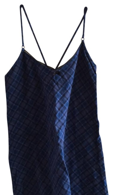 Preload https://img-static.tradesy.com/item/16373722/jcrew-navy-plaid-no-activewear-top-size-10-m-31-0-1-650-650.jpg