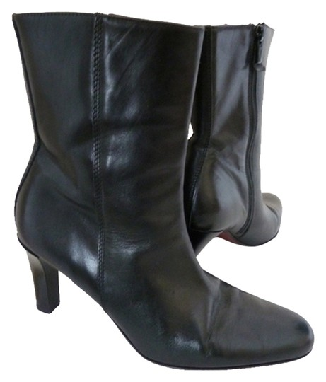 Preload https://item5.tradesy.com/images/ann-taylor-leather-low-calf-side-zipper-black-boots-1637909-0-0.jpg?width=440&height=440