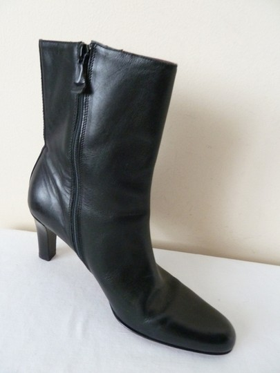 Ann Taylor Leather Low Calf Side Zipper Black Boots