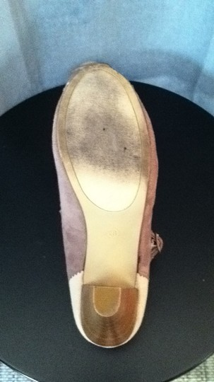 Mossimo Supply Co. tan & beige Pumps