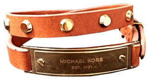 Michael Kors NWT MICHAEL KORS Brown Leather Double Wrap w Astor Studs Logo Plaque