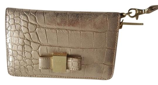 Ivanka Trump Nwt Ivanka Trump Gold Metallic Crocodile Design Wristlet Wallet