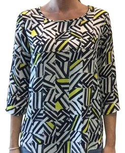 Francesca's Geometric Patterned Top Navy and White