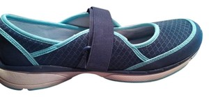 mountrek blue Athletic