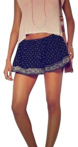 Urban Outfitters Embroidered Mini/Short Shorts blue with silver