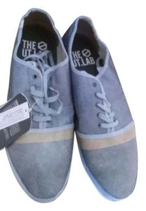 the ut. lab blue Athletic
