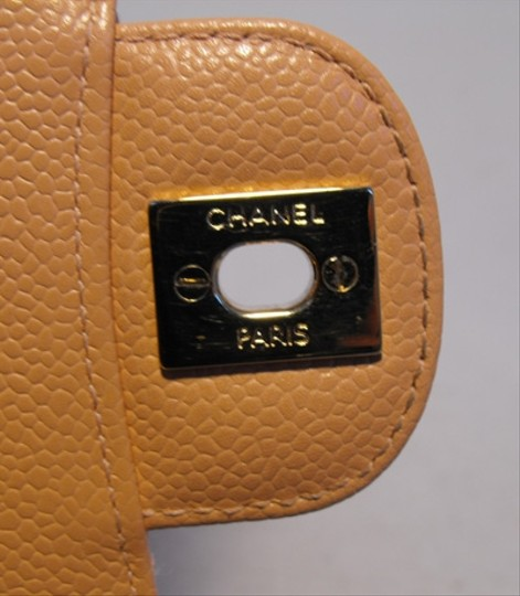 Chanel Classic 2.55 Caviar Leather Nude Shoulder Bag Image 7