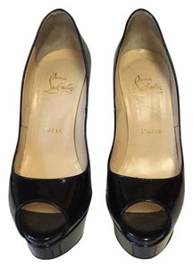 Christian Louboutin Size 6 Black Patent leather Pumps
