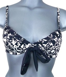 Kenneth Cole Reaction KENNETH COLE REACTION Demi Underwire Bikini Top