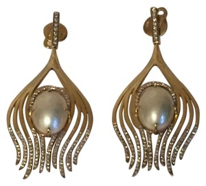 Ana Khouri Ana Khouri Peacock 18-karat gold, pearl and diamond earrings