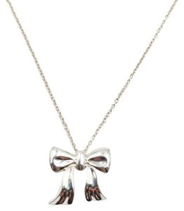 Tiffany & Co. Rare TIFFANY Bow Pendant Necklace