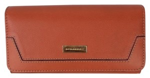 Burberry Burberry Penrose Leather Continental Wallet