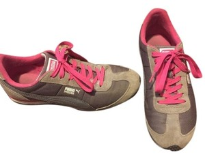Puma Grey and pink Athletic