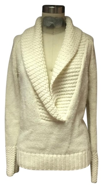 Preload https://item4.tradesy.com/images/ann-taylor-ivory-white-peacock-collar-sweaterpullover-size-4-s-1638893-0-0.jpg?width=400&height=650
