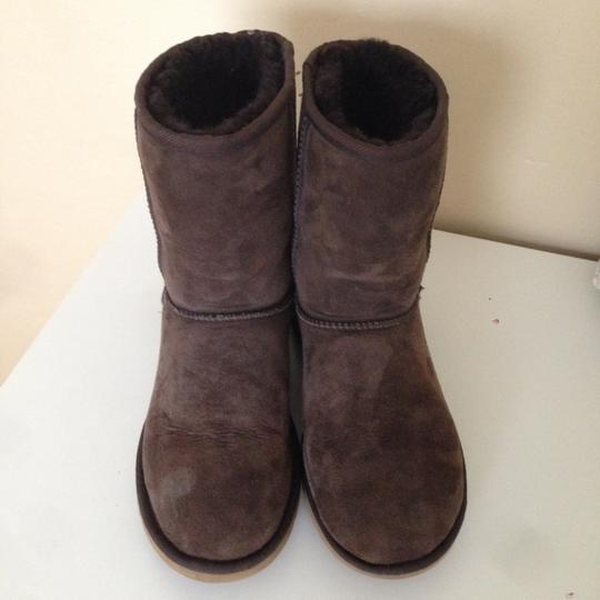 UGG Australia Short Classic Chocolate Dark Brown Boots