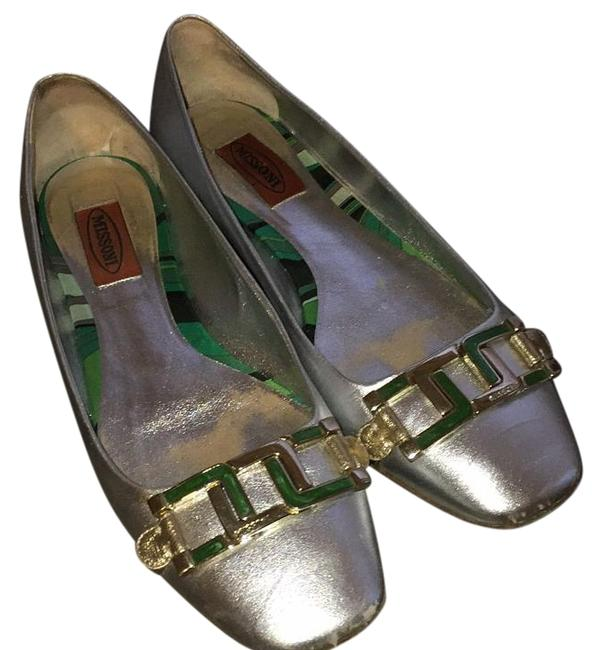 Item - Silver W Gold and Green Buckles Mm 28sa Flats Size US 7 Regular (M, B)