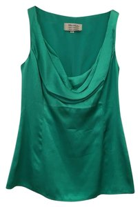 Beth Bowley Top Green