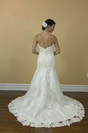 White Lace Tulle Handmade Sweetheart Backless Mermaid Style Bridal Gown Modern Wedding Dress Size 4 (S)