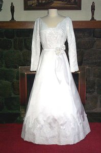Edward Cromarty Art Design Studio Bridal Rose Wedding Dress