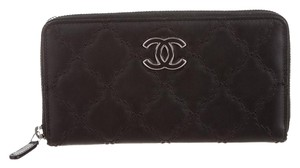 Chanel hampton wallet