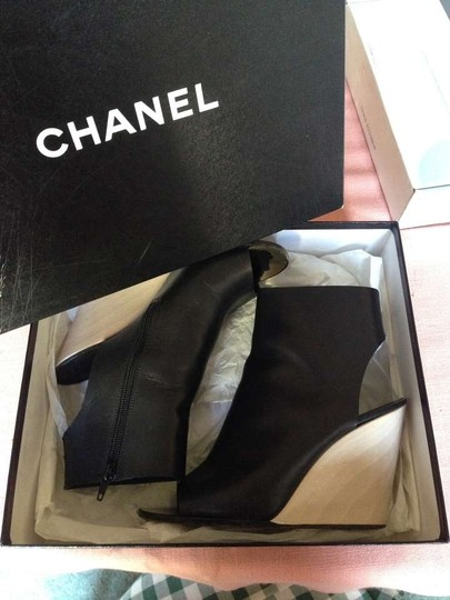 Chanel Leather black Wedges