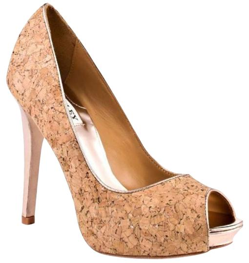 Preload https://img-static.tradesy.com/item/163959/badgley-mischka-cork-pumps-size-us-7-regular-m-b-0-0-540-540.jpg