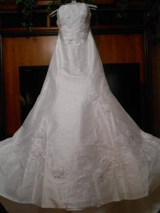 Enzoani Brand New Modeca Nanda Wedding Dress