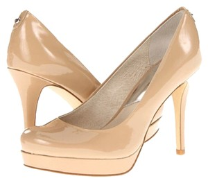 Michael Kors Nude Pumps
