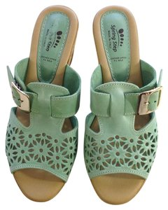 Spring Step NEW mint green Sandals