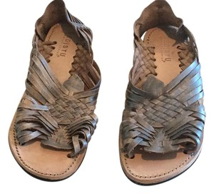 Bed|Stü Huarache Silver Lux Distressed Leather Sandals