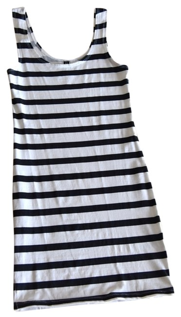 Preload https://item5.tradesy.com/images/divided-by-h-and-m-tank-top-stripe-1640484-0-0.jpg?width=400&height=650