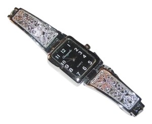Other Ladies Silver Metal Black Faced Quartz Watch Free Shipping