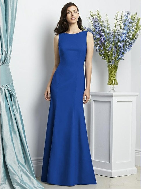 Item - Sapphire Blue Crepe 2936 Modern Bridesmaid/Mob Dress Size 8 (M)