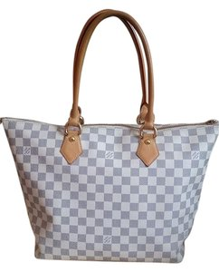Louis Vuitton Damier White Handbag Tote in Azur