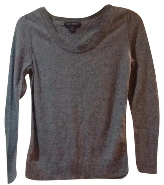 Preload https://item4.tradesy.com/images/banana-republic-gray-sweaterpullover-size-petite-4-s-1640603-0-0.jpg?width=400&height=650